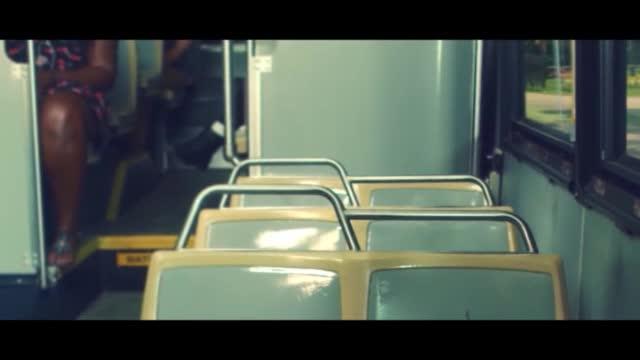 Alessia Cara — Seventeen видео