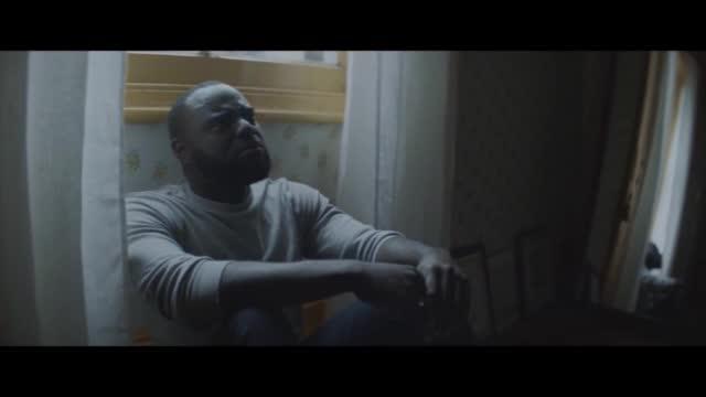Clean Bandit ft. Zara Larsson — Symphony видео