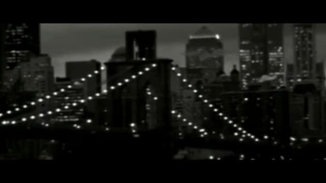 M.I.A. - Paper Planes видео