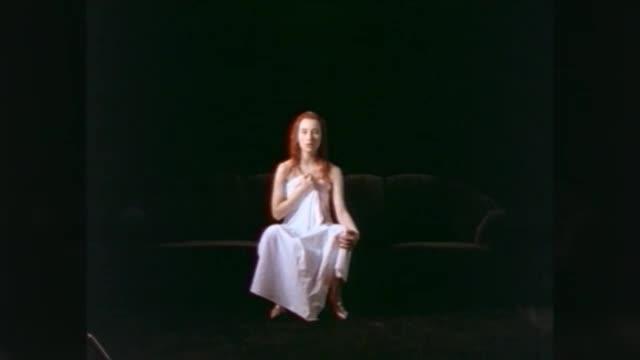Tori Amos — Crucify видео